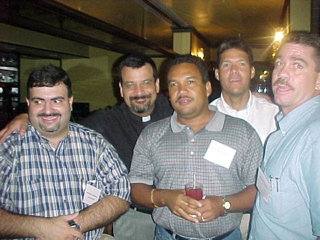 Gadea, Paxie, Nachy, Morell y Papi.  Foto cortesia de Paxie.