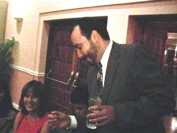 Gerry Gomez y esposa.  Foto cortesia de B. Becerril.